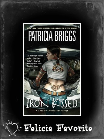 Iron Kissed by Patricia Briggs Month of Thanks #15: Patricia Briggs and Aurian from Boeklogboek